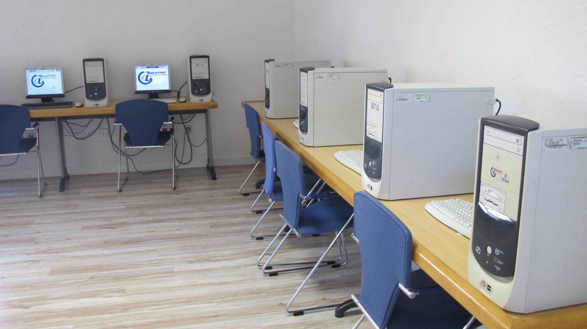 'Aula informática Biblioteca de Cabanillas'